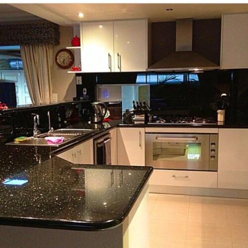 kitchen design with black galaxy granite