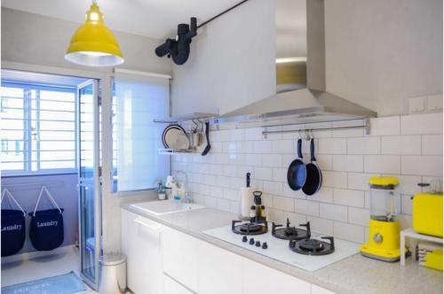 small kitchen design singapore