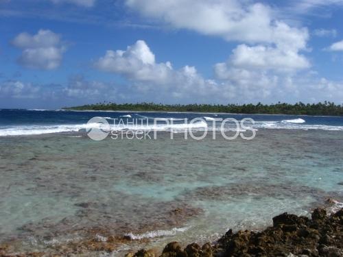 waves on the reef, Passe sud de Fakarava