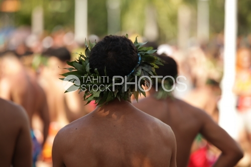 Tahitian with a crown of leaves