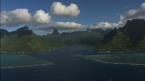 Aerial shot of Cook bay and the mountains chain, Moorea