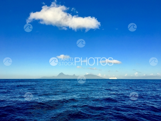 Moorea and a cruise ship