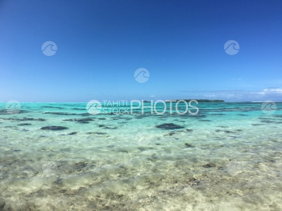Lagoon of Tetiaroa under bly sky