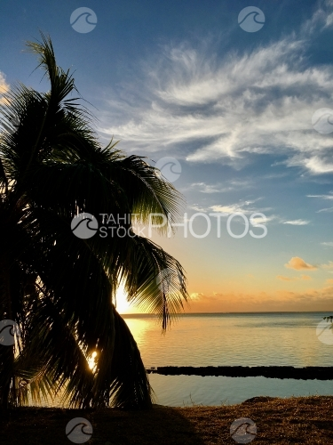 Sunset on the lagoon of Moorea