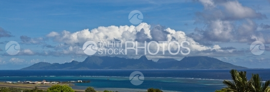 Panoramic vue of Moorea shot from Tahiti, sunny morning