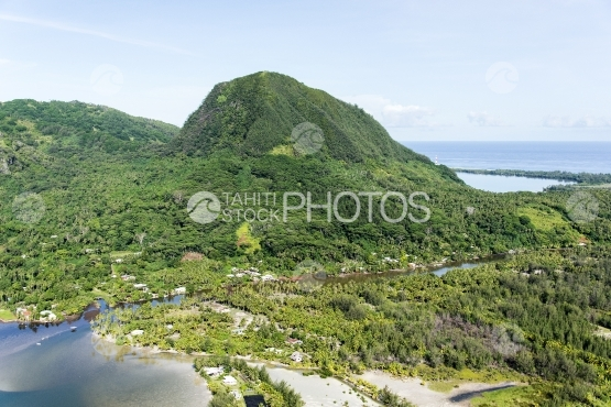 Huahine, aerial view of the island