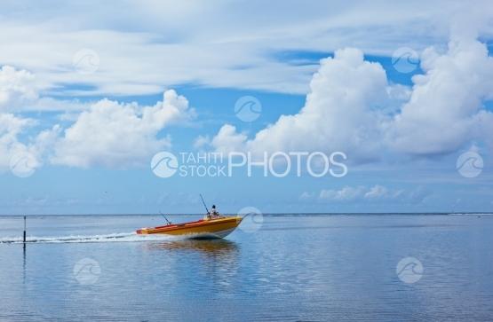 Tahiti, poti marara, fishing boat sailing in the lagoon