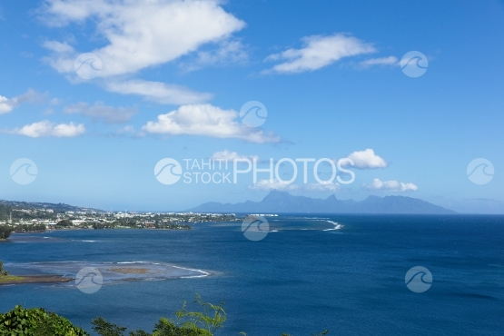 View on the island of Moorea, shot from Tahiti, Tahara a