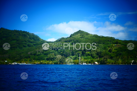 Coast line and lagoon of Huahine
