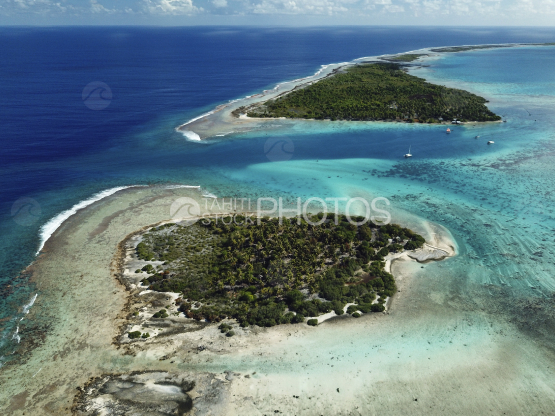 Toau, aerial shot of the reef and lagoon