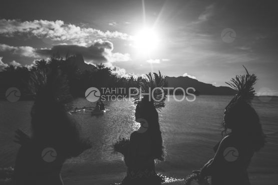 Bora Bora, dancers with traditional costume for polynesian wedding, black and white