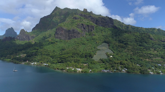 Moorea, aerial view of Cook s bay and mount Rotui, 4K UHD