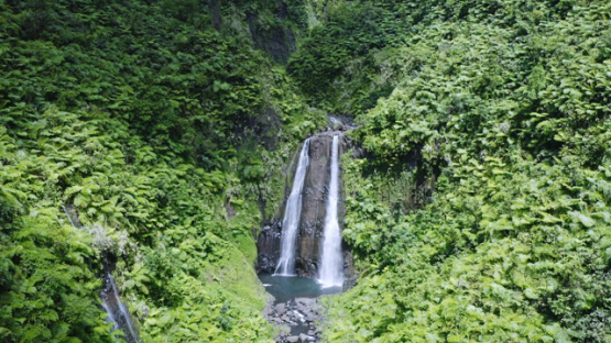 Tahiti, Hitiaa valley, aerial view by drone of the waterfall Fara Ura, 2K7